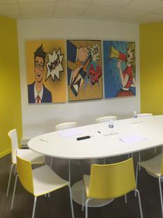 Aménagement intérieur, réalisation Agence de communication Salle de réunion