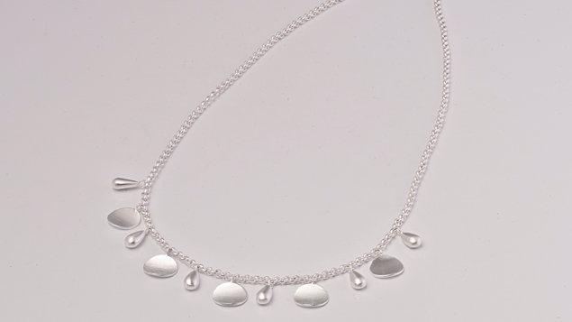 SS Teardrop Necklace 17 inch. Med.
