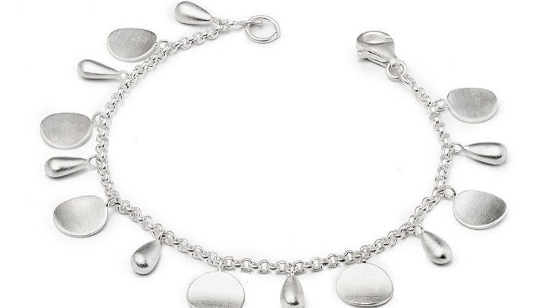 SS Falling TearDrop Bracelet 7 1/4 inch.