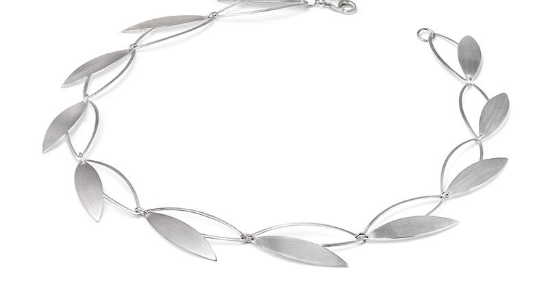 SS Open Leaf Necklace 17 inch.
