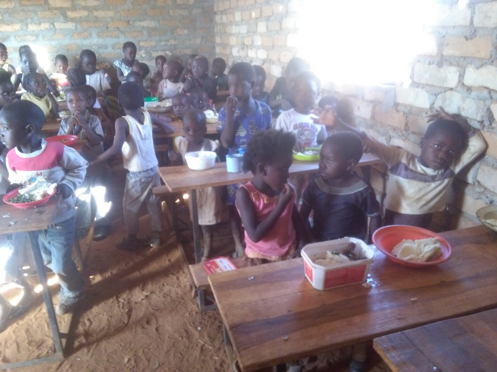 Milangu village & school Zambia