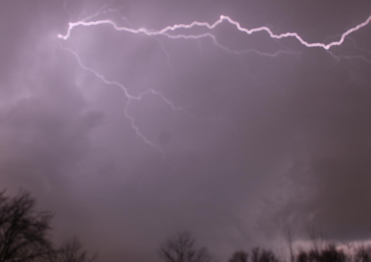 Horizantial Lightning