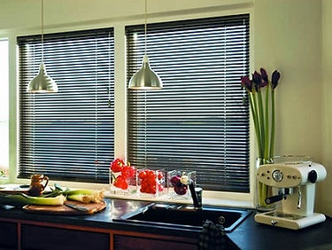 The horizontal aluminum slats of Venetian blinds do not corrode, and they are suitable for the humid area of the kitchen and the toilets. When you want to clean these window shades, you can do it with the wet cloths or by dusting them.