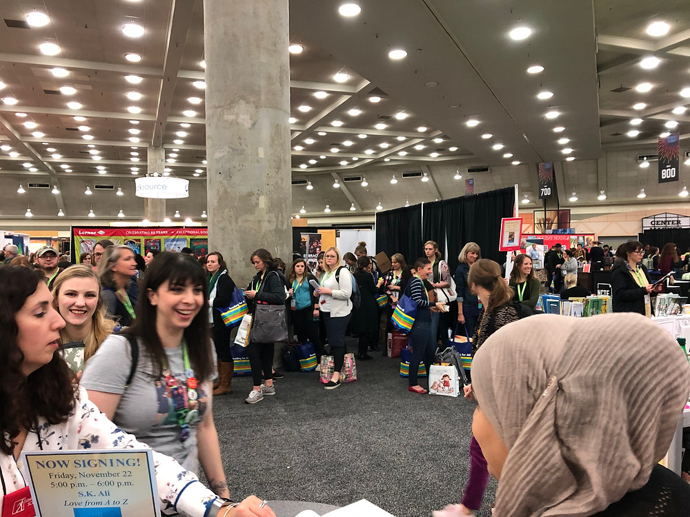 Fans line up for at a Baltimore conference in Fall 2019.