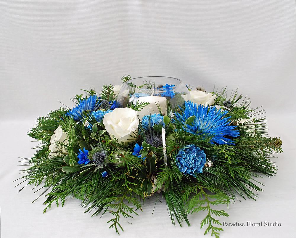 Extra large blue white centrepiece