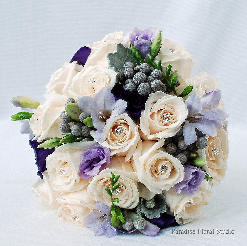 bride bouquet, purple, vendela, brunia berries, silver, paradise floral studio