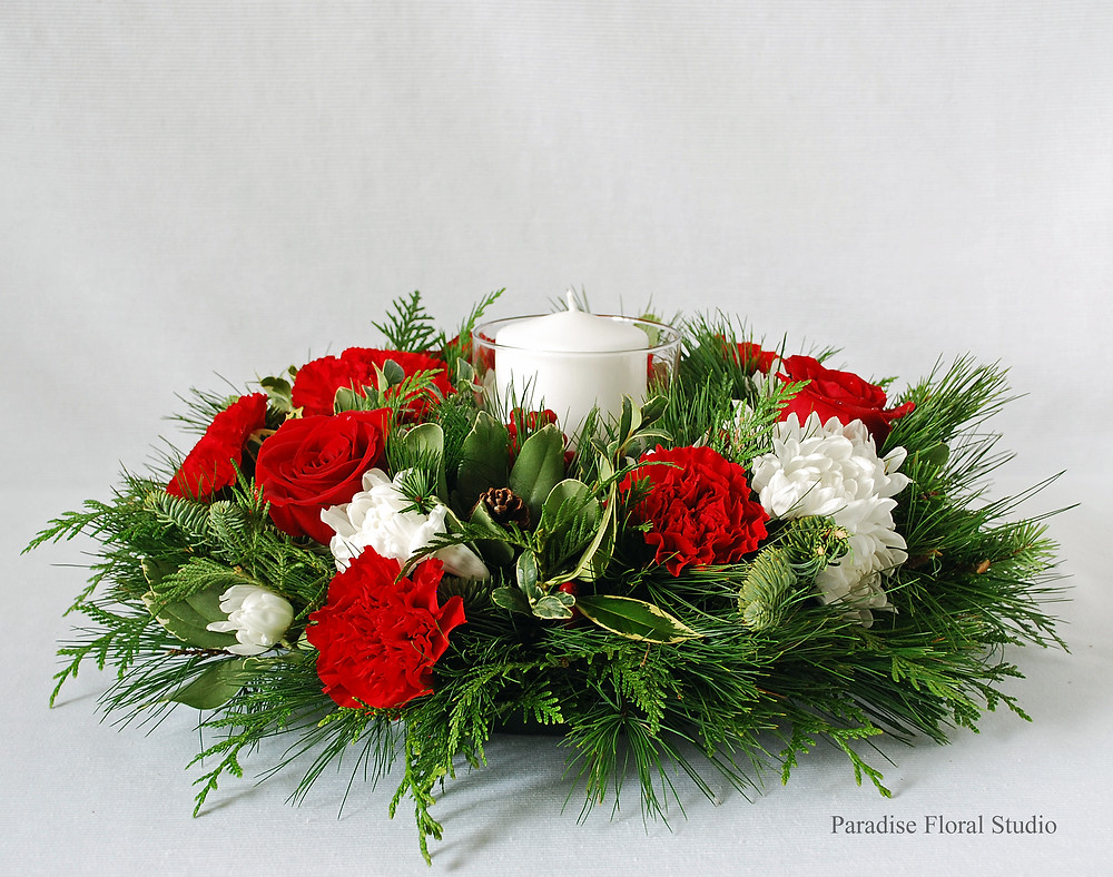 Red & white candle centrepiece