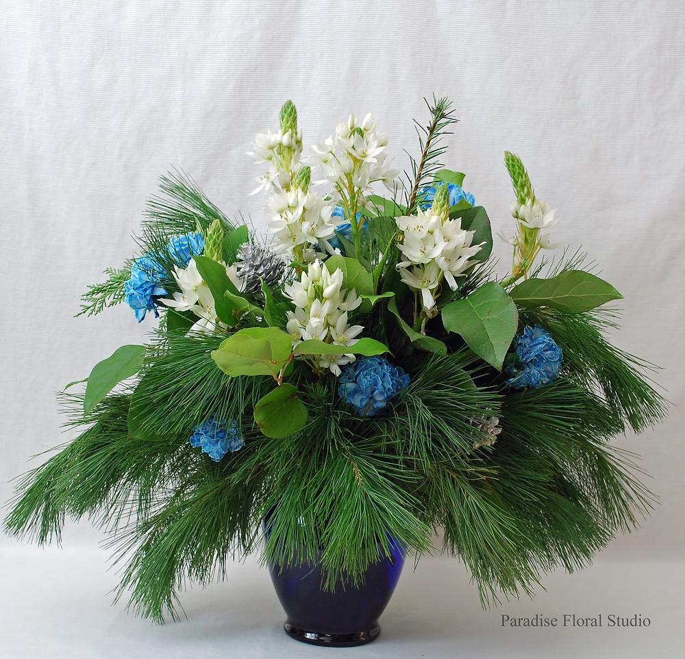 Blue white vase arrangement