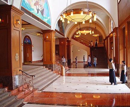 Photos Interiors Page 013.jpg