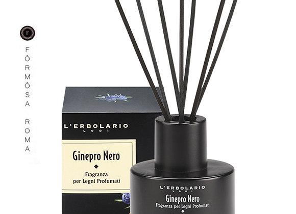 Ginepro Nero Fragranza per legni profumati:125 ml con 8 bastoncini rattan neri