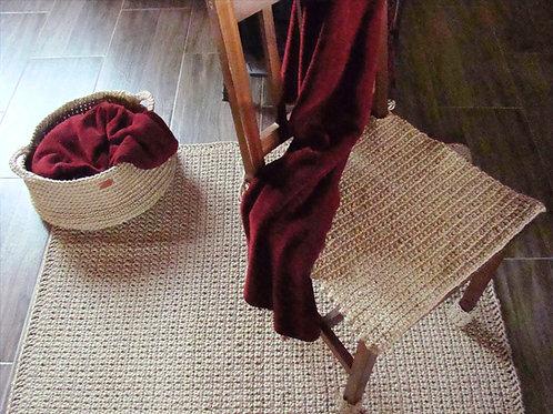 Mięsisty dywan ze sznurka jutowego