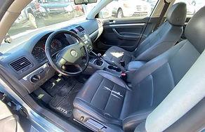 06 VW Jetta TDi 10.jpg
