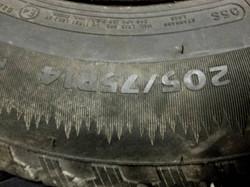 200_75_14 Cooper Snow Tires