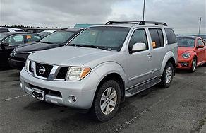 07 Nissan Pathfinder.jpg