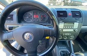 06 VW Jetta TDi 12.jpg