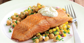 Healthy Food Guide Pan-fried salmon with chickpea salad