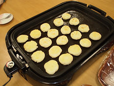 みんなで芋餅作り②