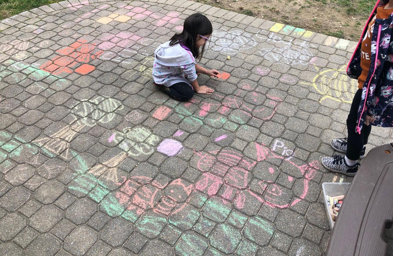 outdoor play/art