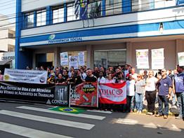Piracicaba - Sind.dos Metalúrgicos protesta em memória às vítimas de acidentes de trabalho