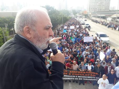 Manifestação na Mooca reúne mais de 2 mil pessoas pela retomada da produção e manutenção dos emprego