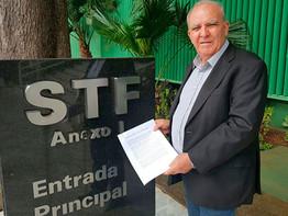 Ação vitoriosa da CNTM no STF: Ministro suspende norma que admite que trabalhadoras grávidas e lacta