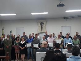 Metalúrgicos(as)  de Pinhal recebem homenagem da Câmara Municipal