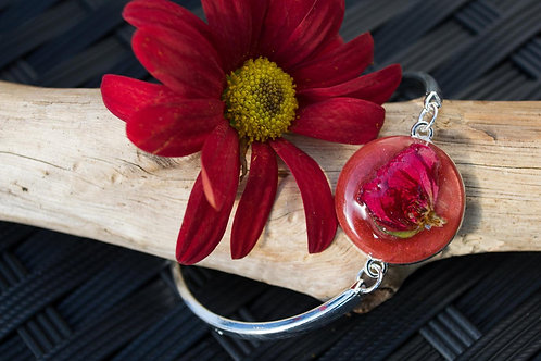 Handmade Silver flexible bracelet with a pearlescent red filled 22mm cabochon