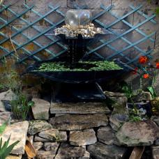 Fontaine métal et verre - jardin zen