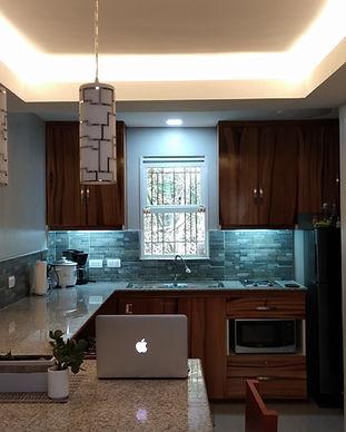 full-kitchen-dumaguete-rental-homes.jpg