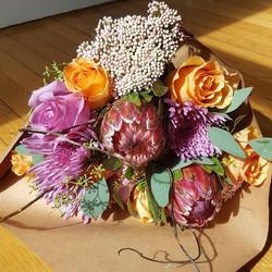 Beautiful #bouq Mackenzie made today! Bring on #falldecor #precociouspoppy #weddingplanner #eventpla