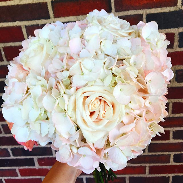 Congrats to our bride and groom that are eloping at Hillbrook Inn today! We hope the bouquet and bou