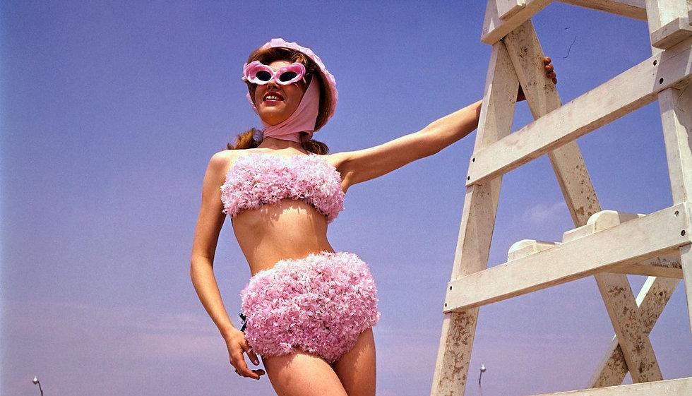ghk-swimsuits-1960s-bettmann_edited.jpg