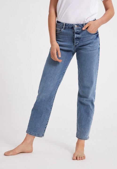 Jeans FJELLAA CIRCULAR light denim aus Bio- und recycleter Baumwolle