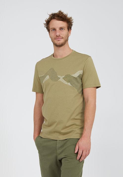 T-Shirt JAAMES DOT MOUNTAINS  DARK SAGE aus reiner Bio-Baumwolle