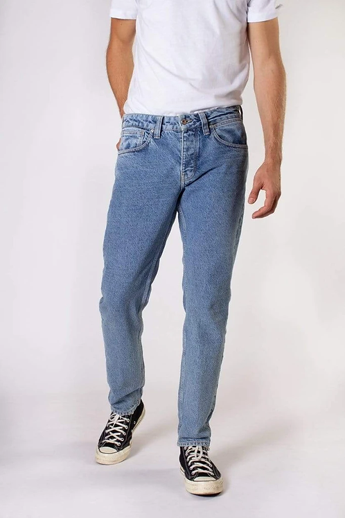 Jeans JIM TAPERED HERITAGE BLUE aus 100 % recycleter Baumwolle