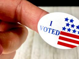 Neumann senior leads campus voter registration push