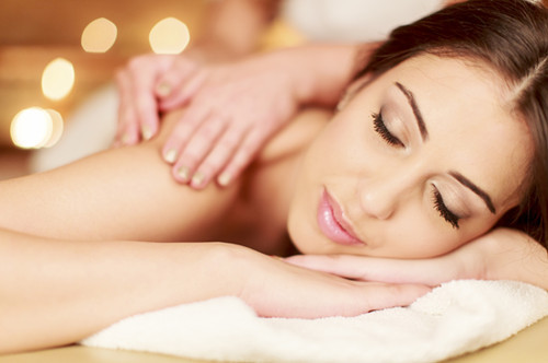 Give Yourself a Dry Facial Massage - Dubai Massage Full Service