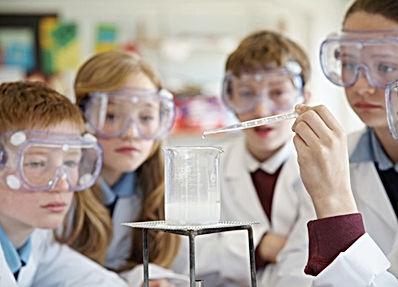 Kimya Öğrenci