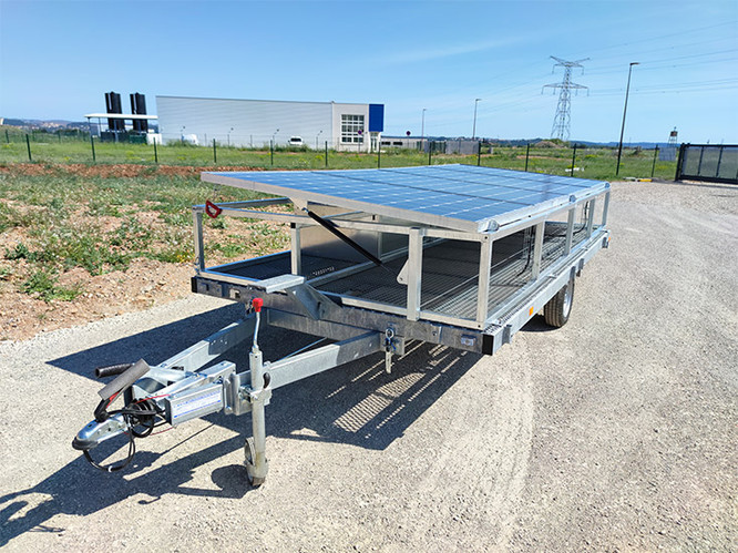 Remorque-solaire-SW1480-ip-mirador-3.jpg