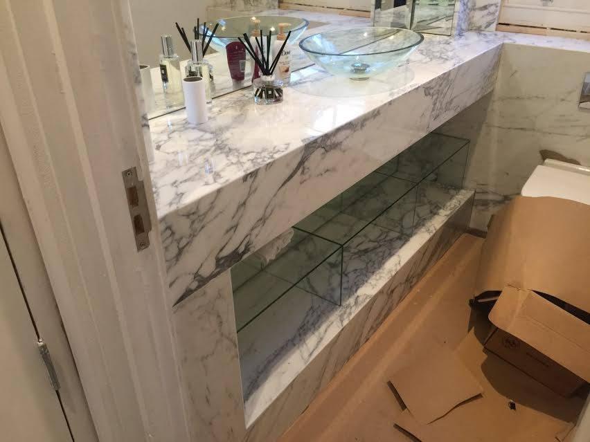 Arabescato mabrle vanity top in bathroom London (6)