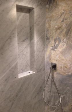 Carrara and silver traventive  (1)