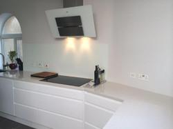 Creme quartz kitchen worktop in London (2)