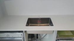 Ivory Quartz kitchen top  (10)