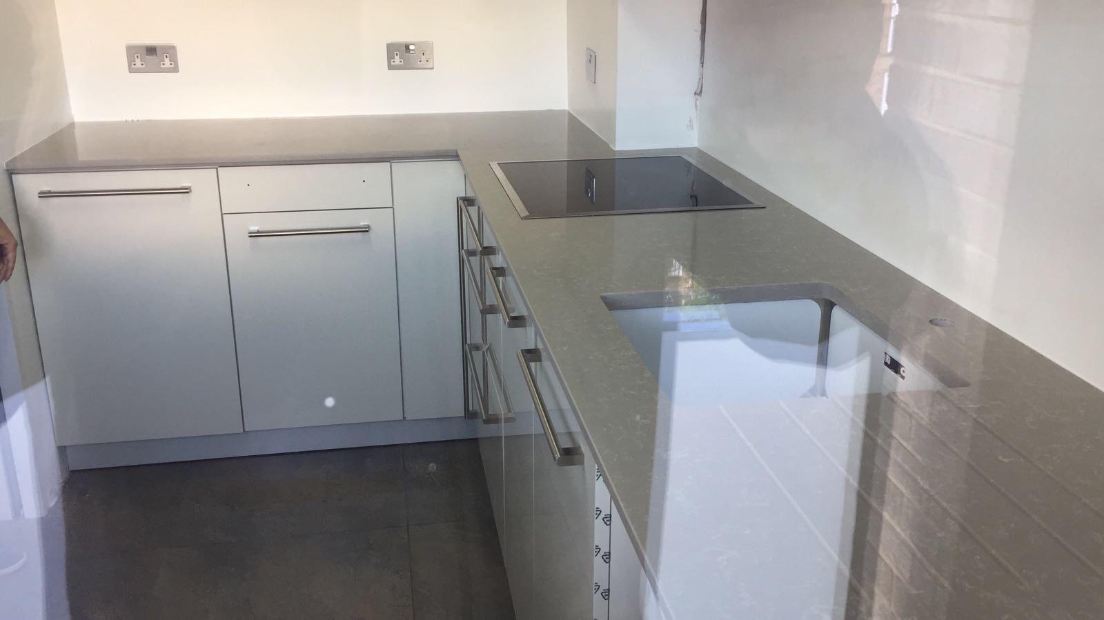 Dark Veiny kitchen  (3)