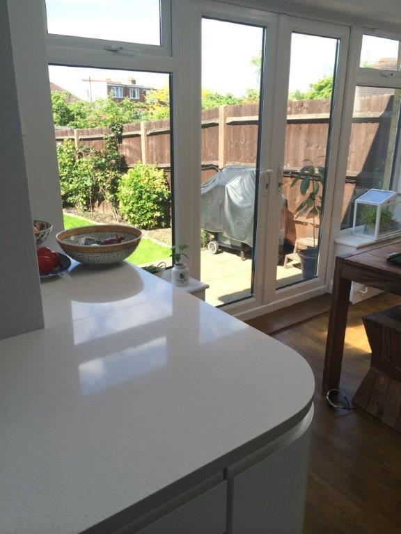 Creme quartz kitchen worktop in London (1)