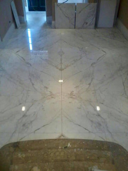 Steps and corridor stataurio marble  (1)