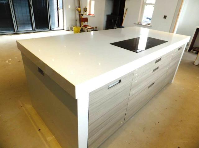 Quartz contemporary kitchen countertop in London