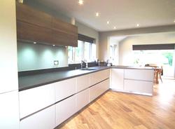 black quartz kitchen worktop in London  (1)