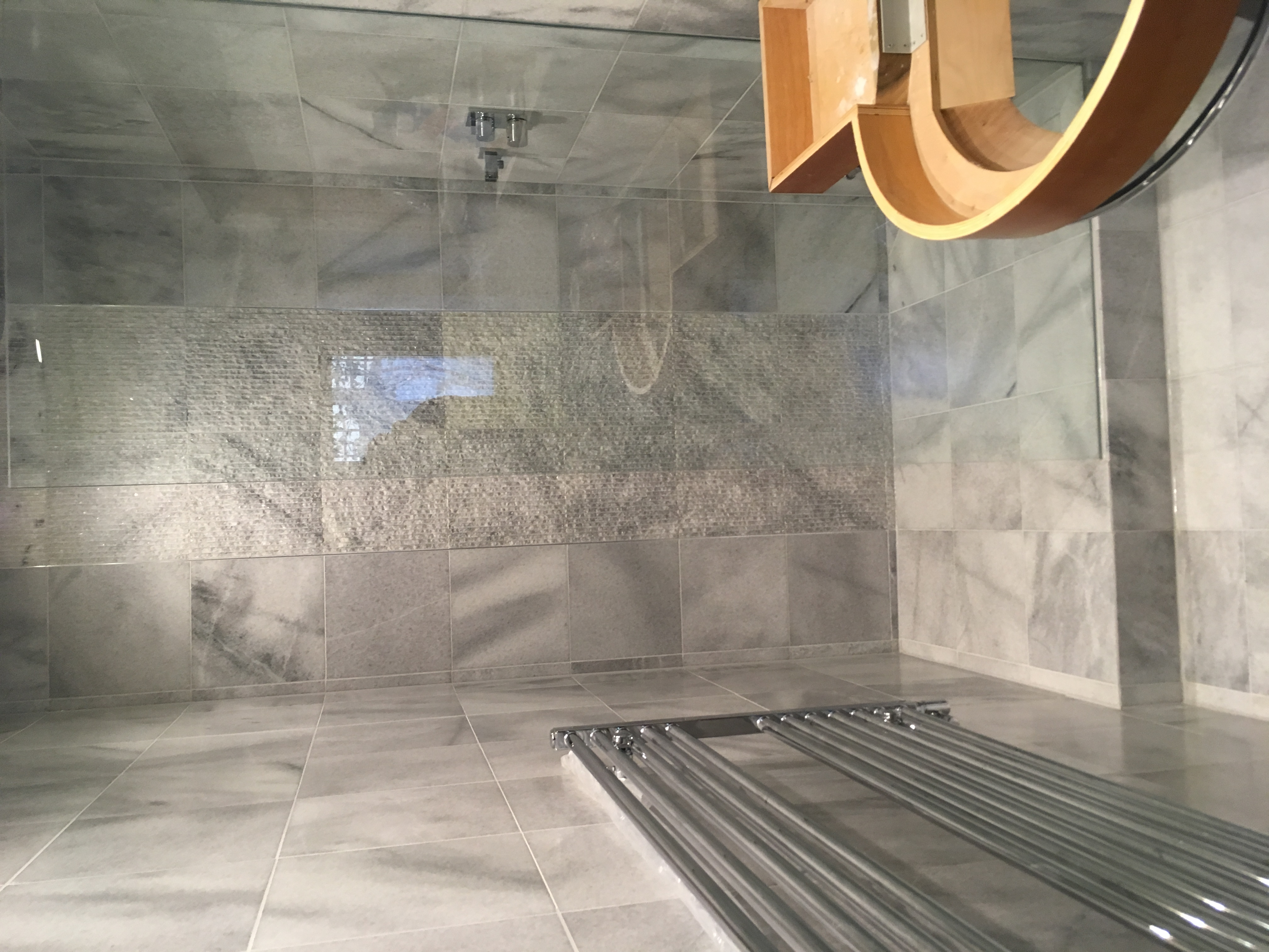 Cristal white marble bathroom tiles (1)