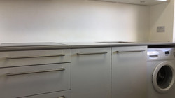 Dark Veiny kitchen  (2)
